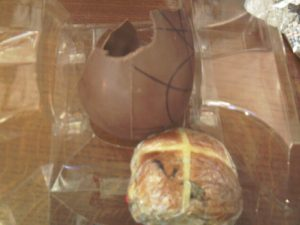 Easter Egg & Hot Crossed Bun