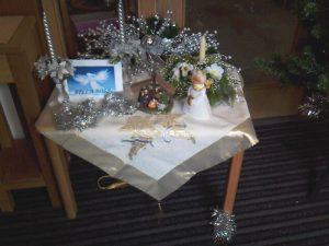 Bella Rosa angel nativity